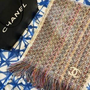LIKE NEW AUTHENTIC CHANEL SCARF